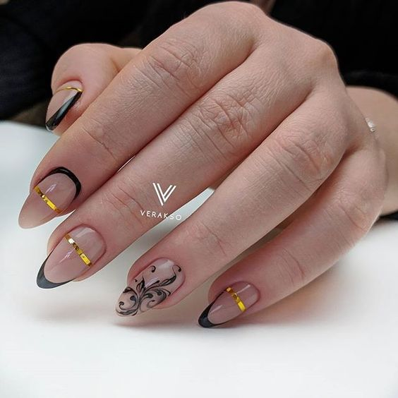 черный дизайн ногтей френч с узорами 2020-2021 идеи