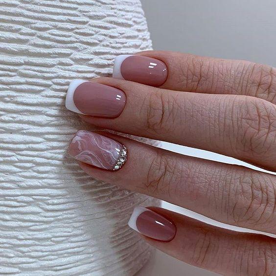 роскошный дизайн ногтей 2020-2021 французский