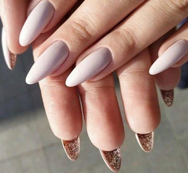 изысканные ногти украшения под ногтями