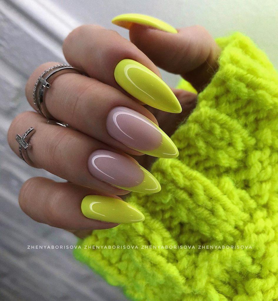 лимонный цвет френч модный 2020-2021 фото