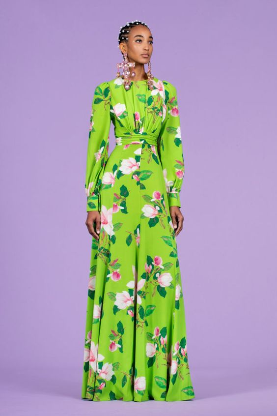 салатовое платье цветы