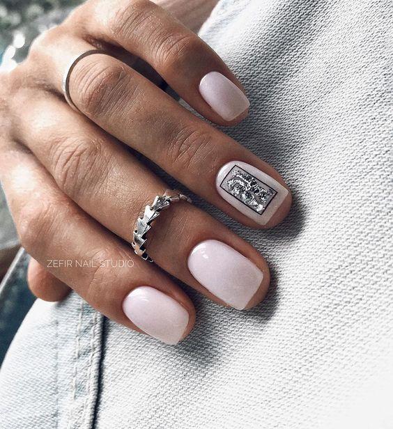 печать на ногтях нбдовый маникюр