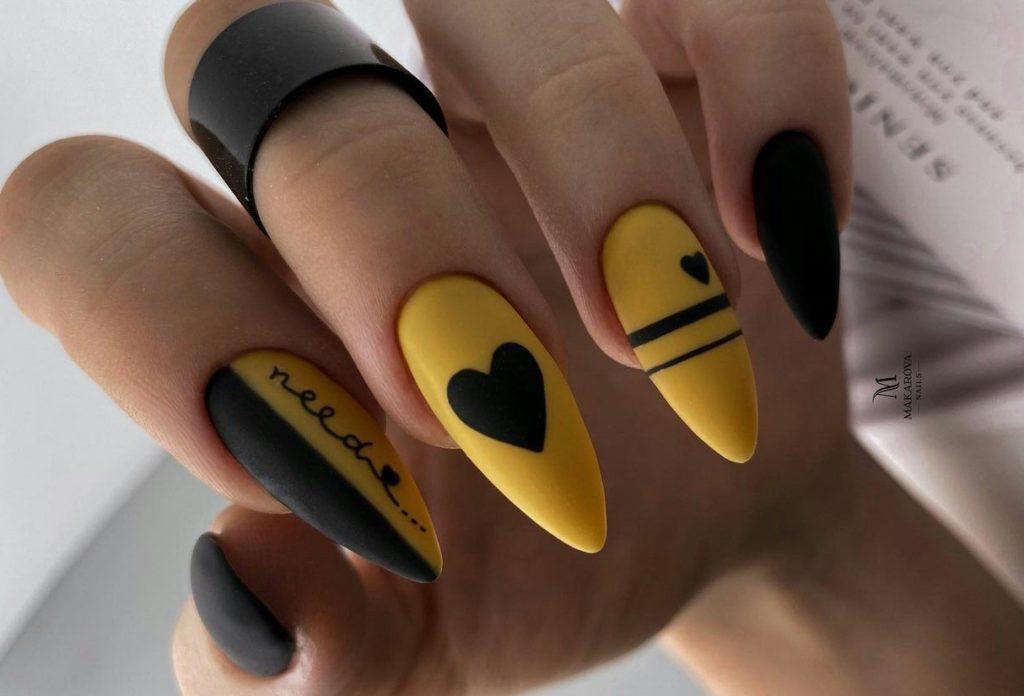 черно-желтый дизайн ногтей день влюбленных