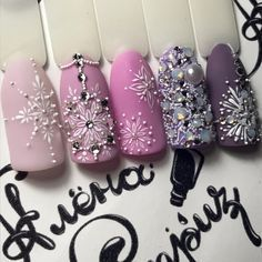 идеи декора ногтей снежинками