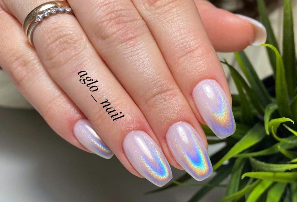 роскошный градиент голограмма на ногтях